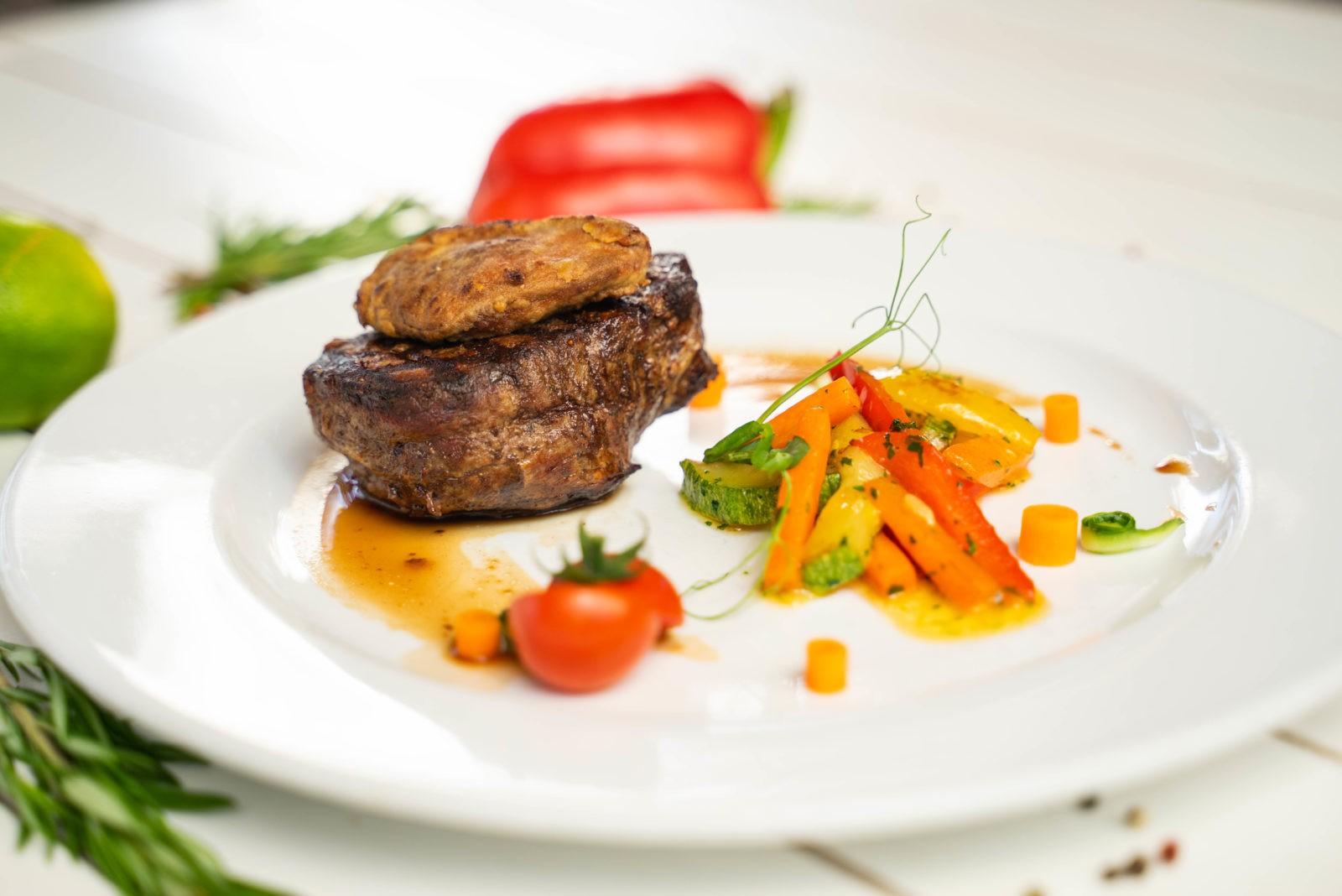 Блюда из меню ресторана «Дилижанс»