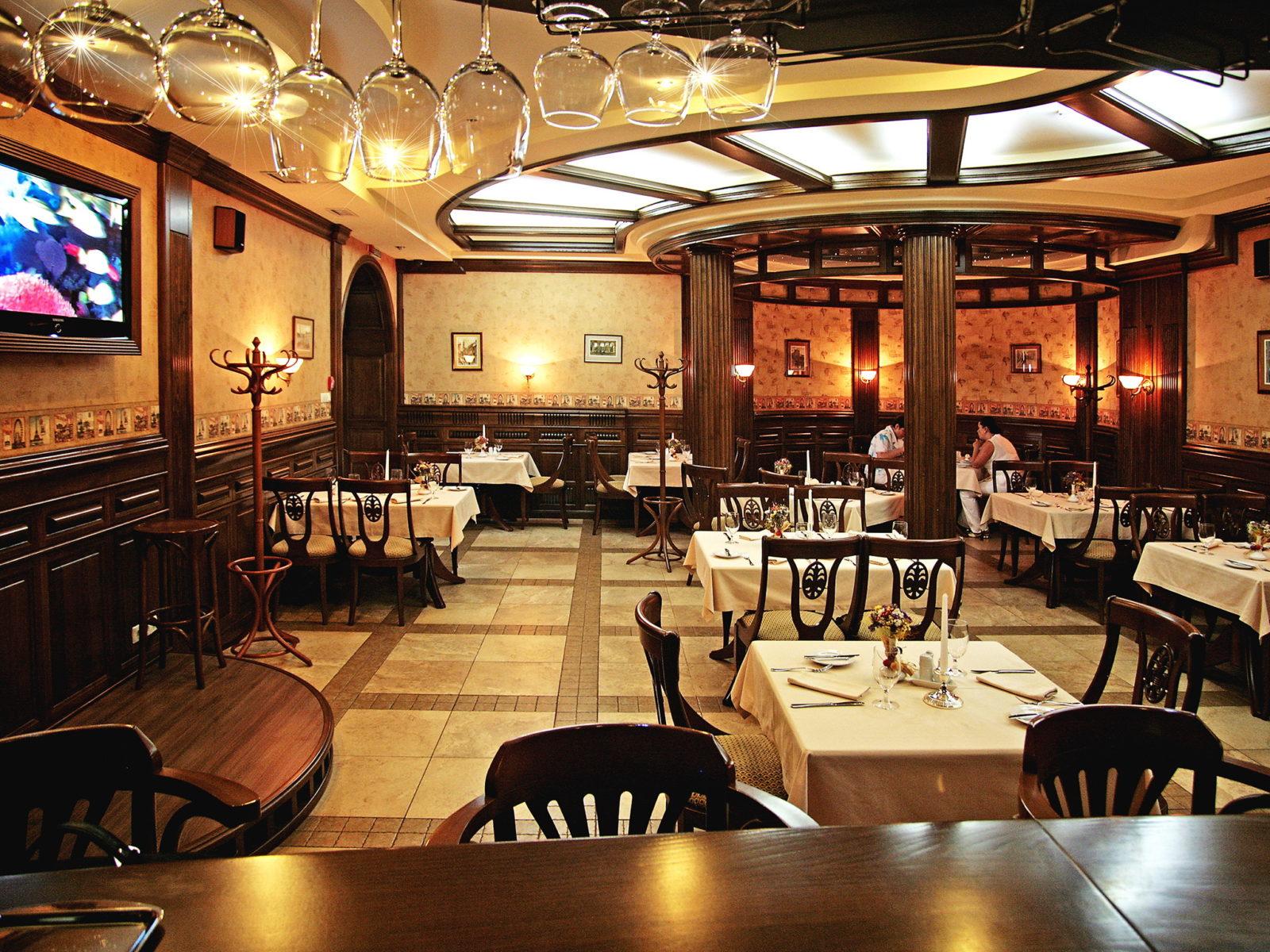 Интерьер в ресторане «Дилижанс»