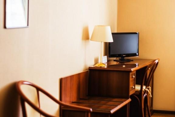 Номер категории Эконом в гостинице Херсона